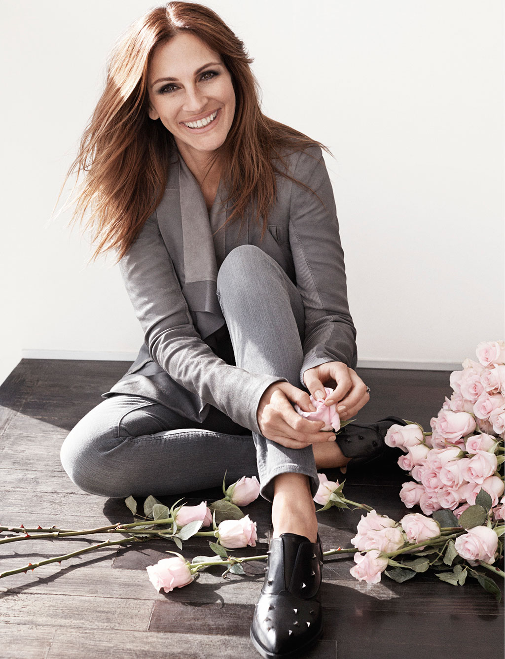 Gorgeous Julia Roberts inspired perfumers - video