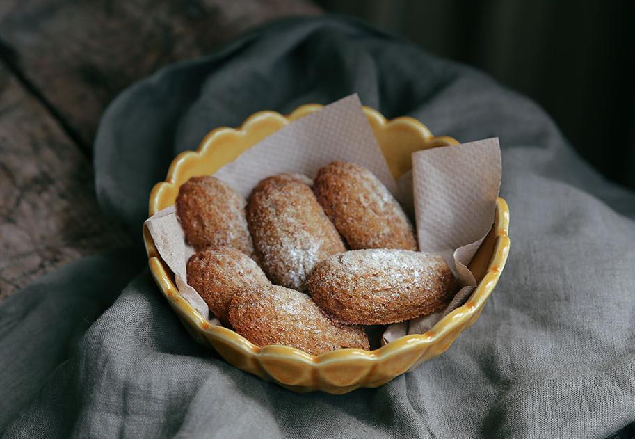 Petite Kitchen's Orange Spice Madeleines - Viva