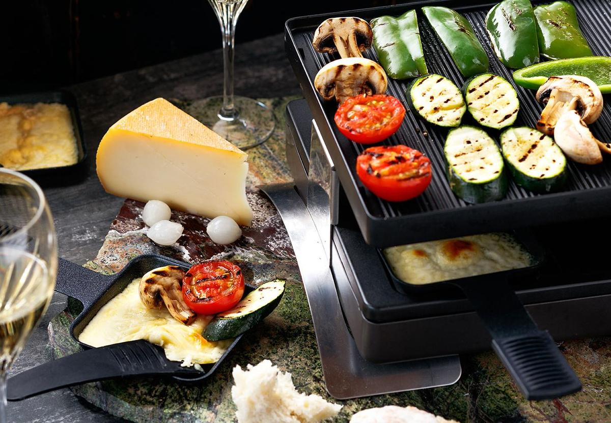 raclette and vegetable grill recipe viva. Black Bedroom Furniture Sets. Home Design Ideas