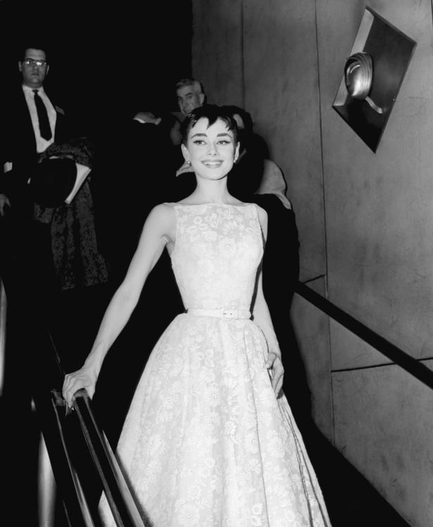 The Coolest Oscars Red Carpet Dresses of All Time - Viva