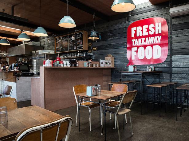 Trucking Company Garage : Restaurant review food truck garage viva