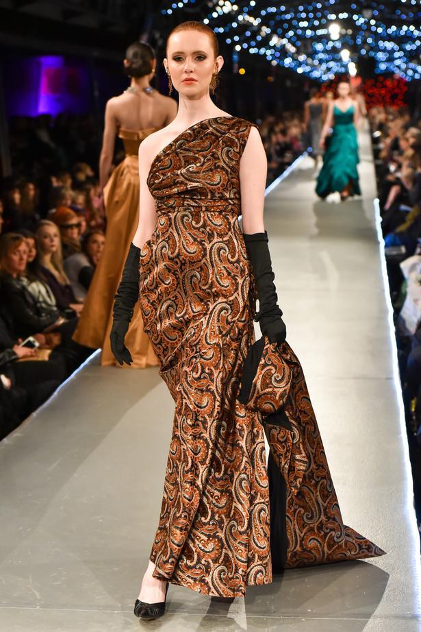 edf96cbf Vintage star Doris Raymond's dress collection - Viva